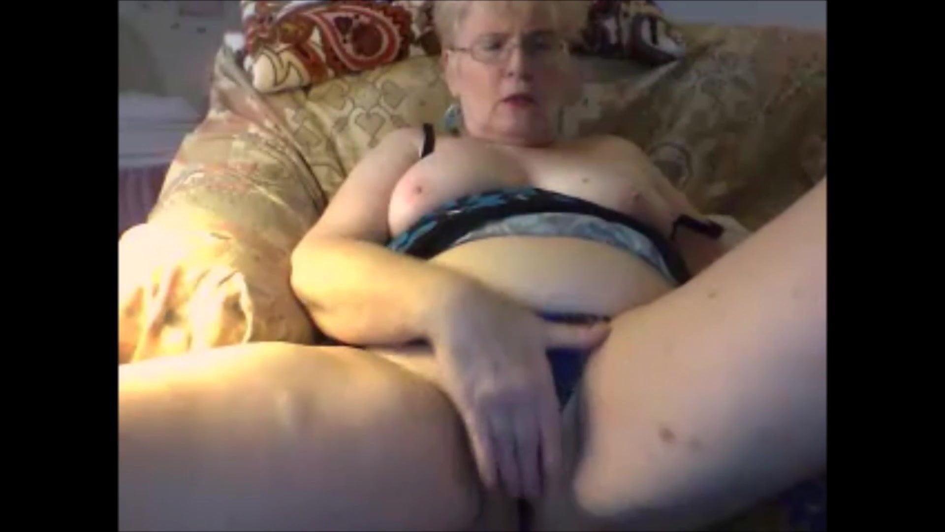mature-women-free-webcam