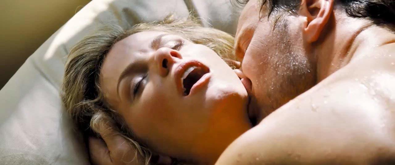 Stretch Sex Scene