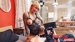 Steamy sex workout with tattoo model FitXXXSandy! Erotik.com