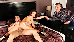 Hubby Watches Wife Veronica Avluv Squirt