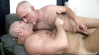 Carlo Cox and Jake Cruise (MIMB2 P4)
