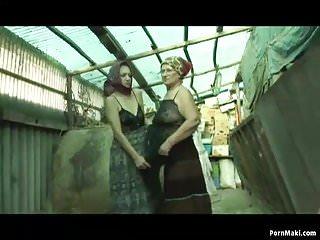 Barnes midget city - Granny lesbians in a horse barn