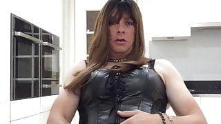 Leather Sissy Cumming