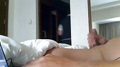 Hotel Maid Flash - uflashtv.com