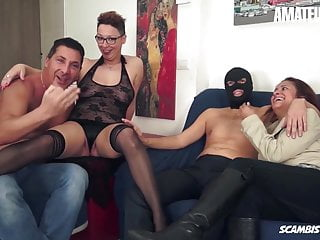 Translate eat pussy into italian - Amateureuro -awesome foursome fun on cam with two hot ladies