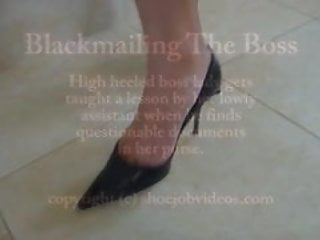 Asian wetlook - Shoecum boss lady wetlook