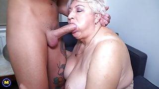 Big stepmom sucks and fucks her toyboy