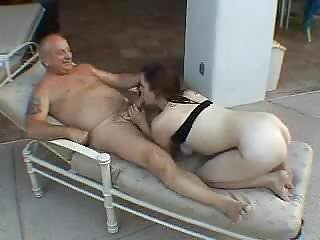 Redtube mature women young men - A women sucking old mens cock