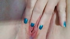 Horny bbw fingering her pussy