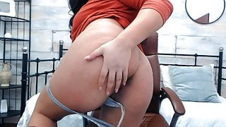 Hot Milf Aunty Shows Her Ass and Boobs