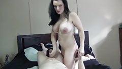 Сексуальное мама в домашнем секс-видео