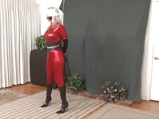 Free superheroin porn - Red superheroine in bondage and humiliated