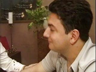 Jeune et mature photo coquin - Un jeune italien et sa prof