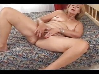 Ladies pussys Cum inside hairy pussy mature lady