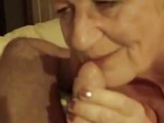 Granny sucking cock 22 Granny sucking cock 1