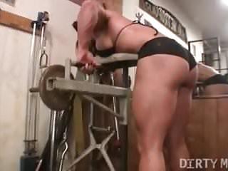 Female naked tits flex biceps - Female bodybuilder brandimae works her biceps and pussy