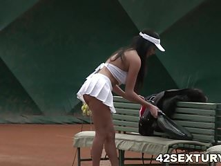 Tennis mature fuck - Anissa kate tennis court anal fuck