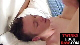 Dickblowing twink barebacked by boyfriend for facial