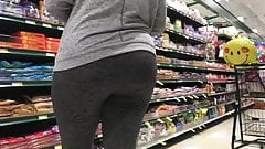Tall thick soft booty milf