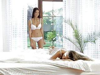 Pussy grinding blonds Nubile films - pussy grinding lesbians cum for you
