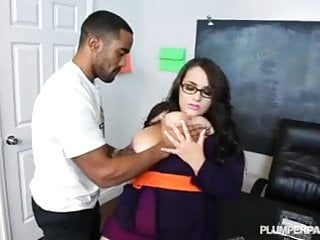 Angel hung sexy - Sexy stacked school teacher emma fucks hung black student