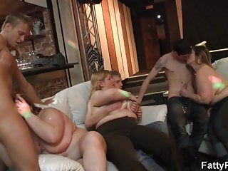 Anorexic girl rides cock - Chubby party girl rides cock on the couch