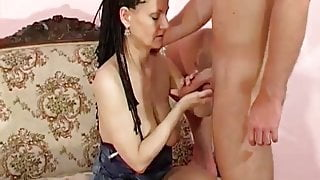 Mature's saggy boobs
