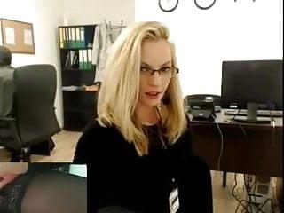 Teen secretarys - Blonde secretary shows at work.mp4
