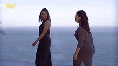 Anitta e Fernanda Souza fazendo quadradinho