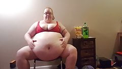 SSBBW playing with huge belly