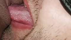 Amateur couple, hubby lick his pregnant wife pussy