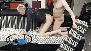 Skinny Blonde Milf Has Quickie Hard Suck & Fucking Action
