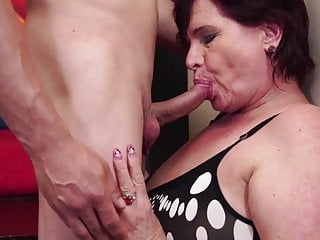 Bomb sex tom - Mature sex bombs moms fuck young sons