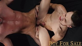 Boy slave fucked bareback by big dick muscle daddy cums hard