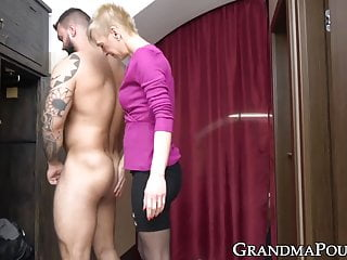 Cock sucking hunks - Kinky grandma sucking hunk ass and cock before eating cum
