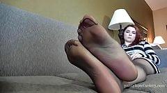 Holly Sheer Pantyhose Footplay