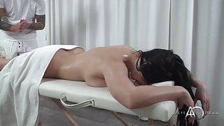 Aletta Ocean - Hot Body Massage 4k XXX 2160p