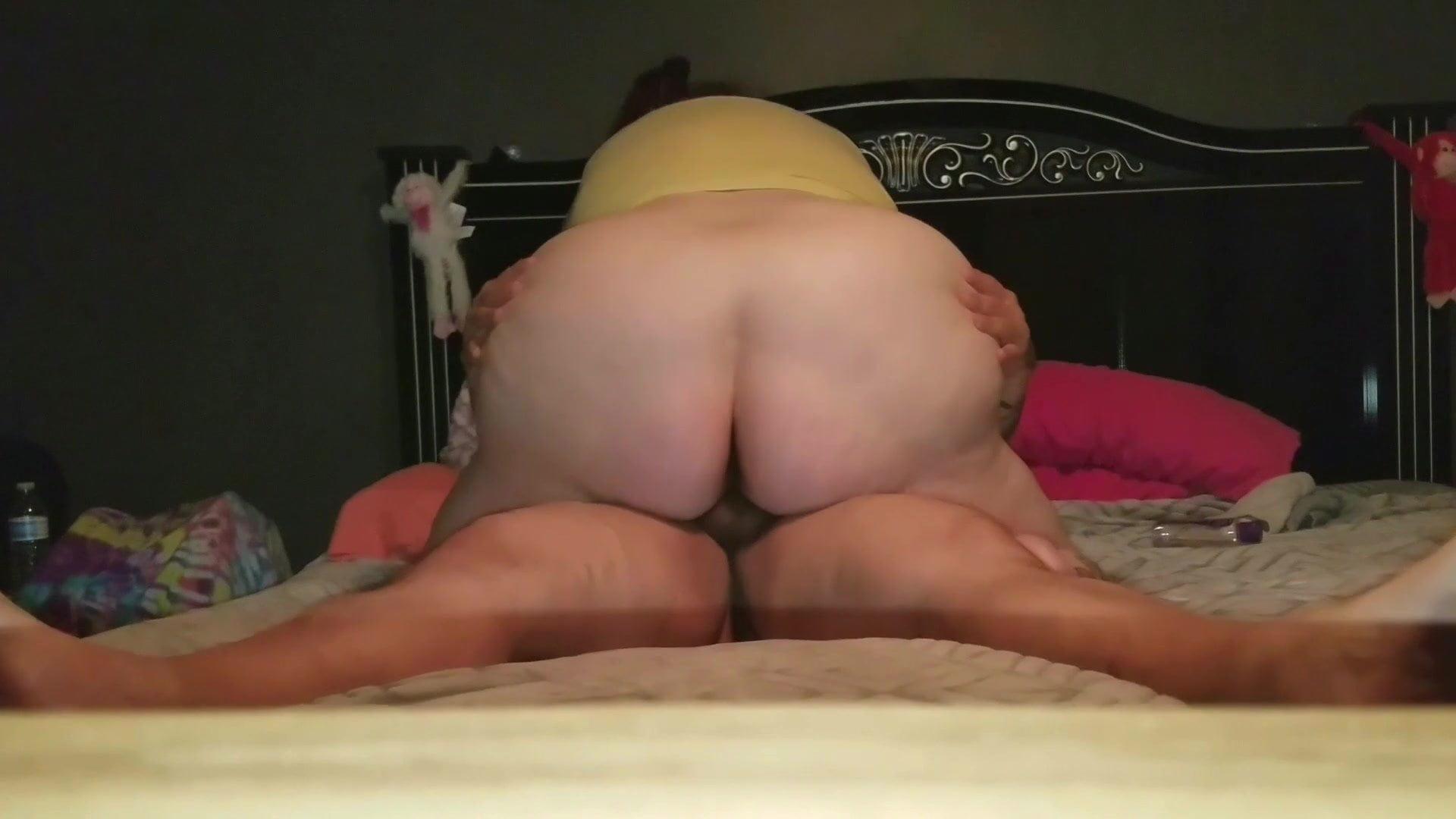 Amateur Bbw Blonde Wife Shared
