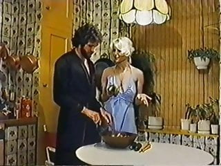 Vintage barbie kitchen - Seka gets cock in the kitchen