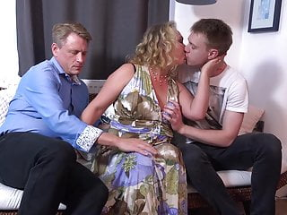 Dad and son gay pron - Dad and son sharing mature mother