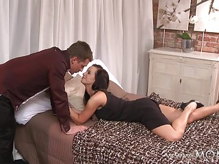 Strip length for weidmuller ferrule - Mom busty brunette milf takes his length