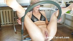 Who wants to squirt like her?