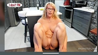 Blonde fit cougar with delicious pussy, tits and flexible body – HD 1080