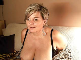 Short stocky big tits Short haired german mature with big tits on her webcam