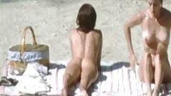 Jennifer Connelly. Debra Cole -'The Hot Spot' (zoom & slomo)