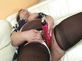 Chubby grandma porn pics - Chubby grandma wants his cock