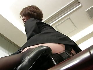 Mistress forced anal stretching - Locky guy forced to lick her mistress pussy.
