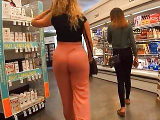 Ass like a peach Sexy peach ass