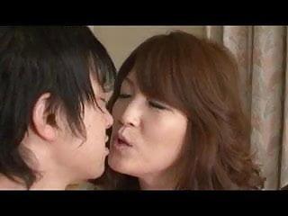 Kenpachi zaraki adult fanfiction jun Jun nemoto