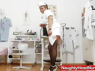 Uniform sex girl - Mama masturbation with a pussy-expander in uniforms